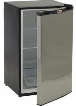 Bull Refrigerator with Stainless Steel Front Panel for Outdoor Kitchen